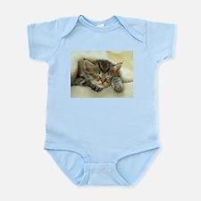 sleeping kitty Infant Bodysuit