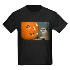 Meerkat Next to Pumpkin Kids Dark T-Shirt