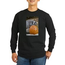 Lemur With Pumpkin Long Sleeve Dark T-Shirt