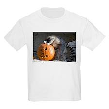 Lemur Looking into Pumpkin Kids Light T-Shirt