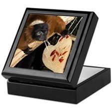 Red Ruffed Lemur with Heart Keepsake Box