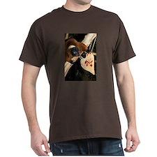 Red Ruffed Lemur with Heart Dark T-Shirt