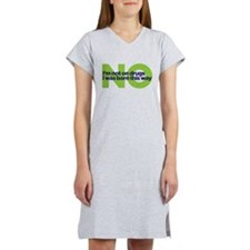 not on drugs Women's Nightshirt