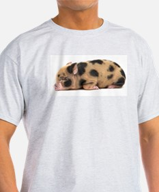 Micro pig sleeping T-Shirt