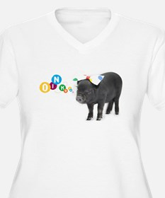 Little female micro pig with bow T-Shirt
