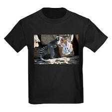 Lemur In Easter Bag Kids Dark T-Shirt