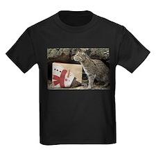 Ocelot with Snowman Bag Kids Dark T-Shirt