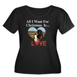 Christmas Love Women's Plus Size Scoop Neck Dark T