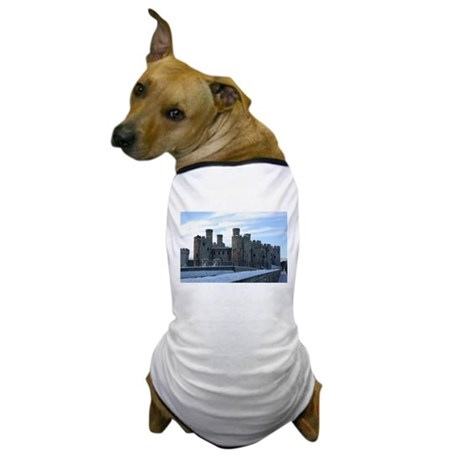 Snowy Conwy Castle, Conwy, Wales Dog T-Shirt