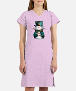 Cute Snowman in Green Velvet Women's Nightshirt