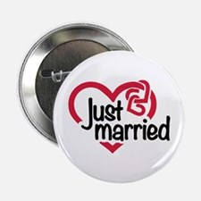 "Just married heart 2.25"" Button"