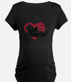 Just married heart T-Shirt