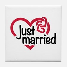 Just married heart Tile Coaster