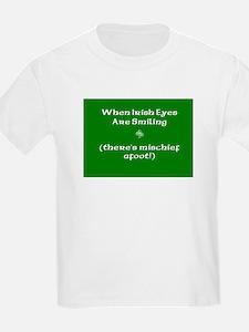 Irisheyescafe.jpg T-Shirt