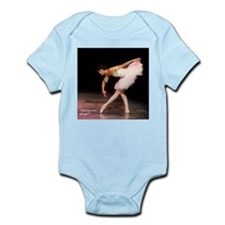 """alone on stage"" Infant Bodysuit"