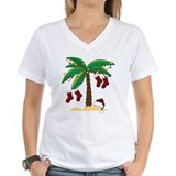 Beach christmas Womens V-Neck T-shirts