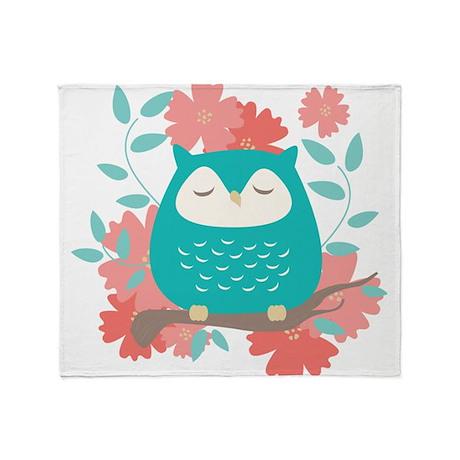 Sweet Owl Throw Blanket