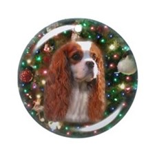 Blenheim Cavalier Christmas Background Ornament (R