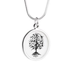 Guitartree Silver Round Necklace