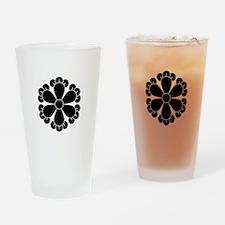 Six cloves Drinking Glass