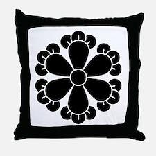 Six cloves Throw Pillow