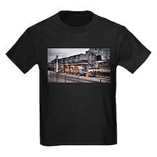 Vintage Locomotive Steam Train T