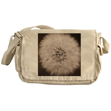 Make a wish. Messenger Bag