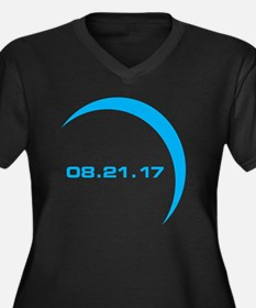 Funny Eclipse 2017 Women's Plus Size V-Neck Dark T-Shirt