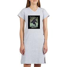 Have You Seen BIGFOOT? Women's Nightshirt