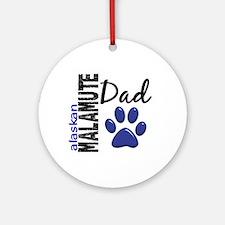 Alaskan Malamute Dad 2 Ornament (Round)