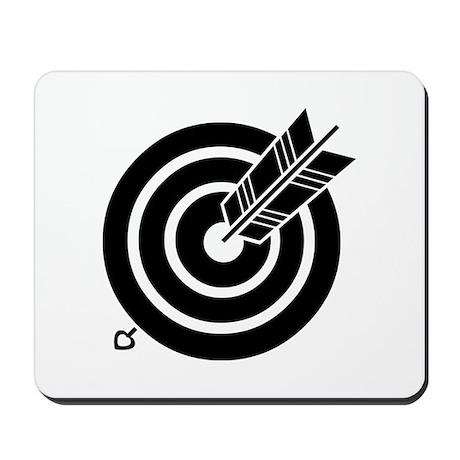 Arrow hit a round target Mousepad