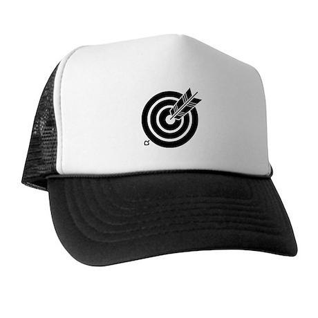 Arrow hit a round target Trucker Hat