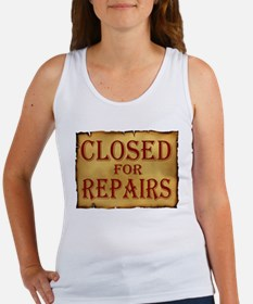 CLOSED SIGN Women's Tank Top