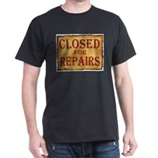 CLOSED SIGN T-Shirt