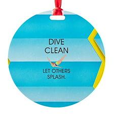 TOP Dive Clean Ornament