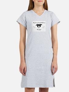 Cute Pit bull grandma Women's Nightshirt