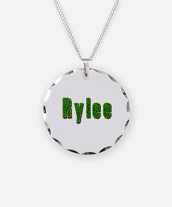 Rylee Grass Necklace Circle Charm