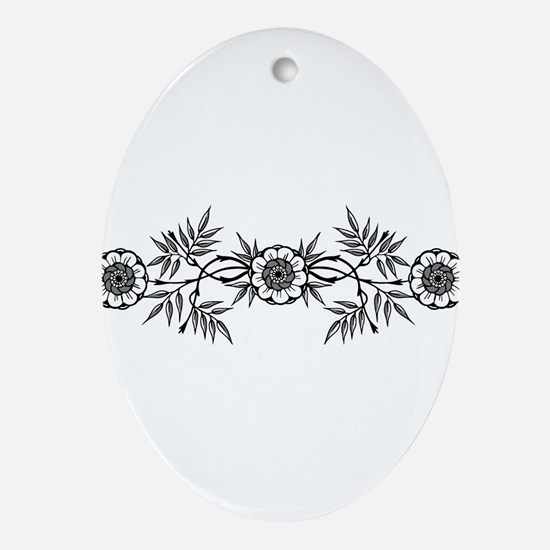 Black And White Flowers Motif Ornament (Oval)
