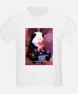 Guinea pig on xbox controller T-Shirt