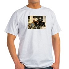 1913 Ford Roadster T-Shirt