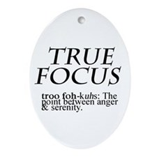 True Focus Ornament (Oval)