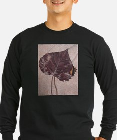 Leaf in Sand T