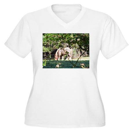 Breton Horse Women's Plus Size V-Neck T-Shirt