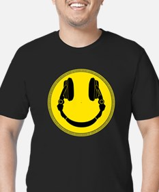 Headphone Smiley Face Men's Fitted T-Shirt (dark)