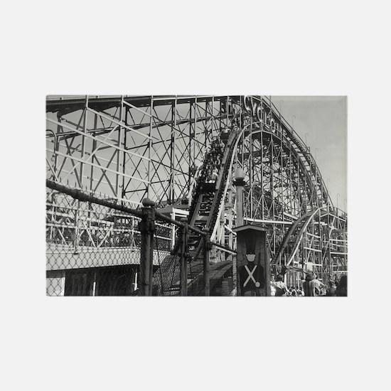 Coney Island Cyclone Roller Coaster 1826613 Rectan