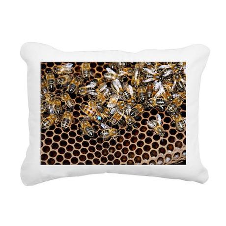 Queen bee with worker bees - Pillow