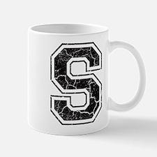 Letter S in black vintage look Mug