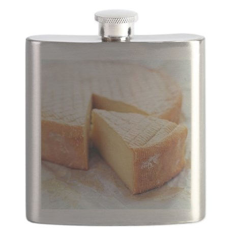 Camembert cheese - Flask