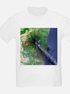 Mount Etna's smoke plume - T-Shirt