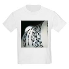 DNA research - T-Shirt
